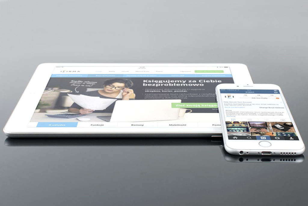 Webライターとのやり取りを効率化するツール